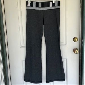 lululemon athletica Pants - Lululemon Flare Yoga Pants *GREAT CONDITION*